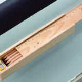 木箱入色鉛筆12本(消しゴム・鉛筆削り付)メイン